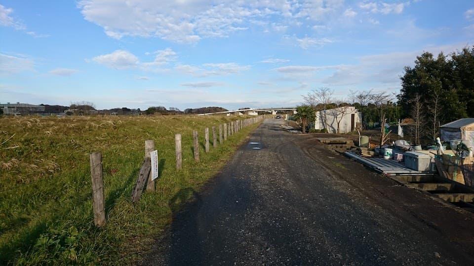 さいたま新都心から10分。田園風景が広がる「見沼田んぼ」を走ってきた