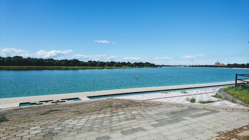 彩湖「戸田マラソンコース」は、埼玉で沖縄を感じられる穴場スポット