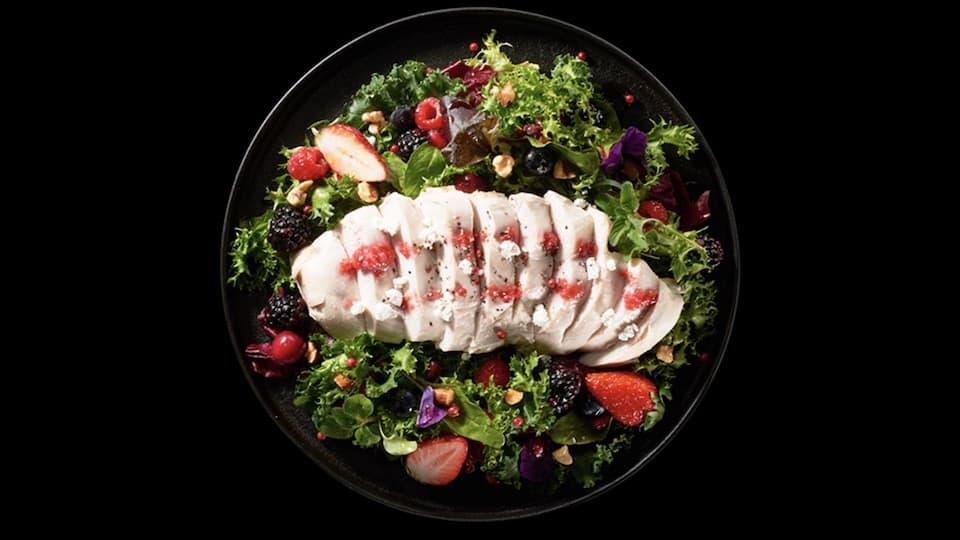 """疲労予防に効果的!2017年「今年の一皿」は""""鶏むね肉""""料理"""