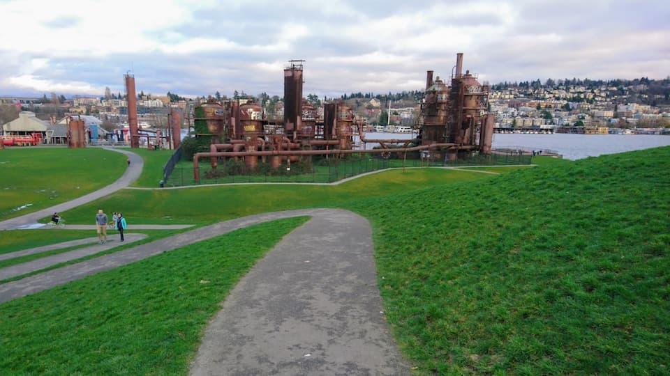 シアトルの街並みが一望できるレイクユニオン(Lake Union)周回コース
