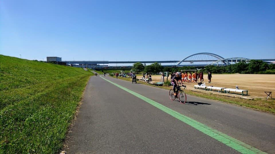 《東京喜多マラソン》の荒川河川敷コース試走。千住〜岩淵水門