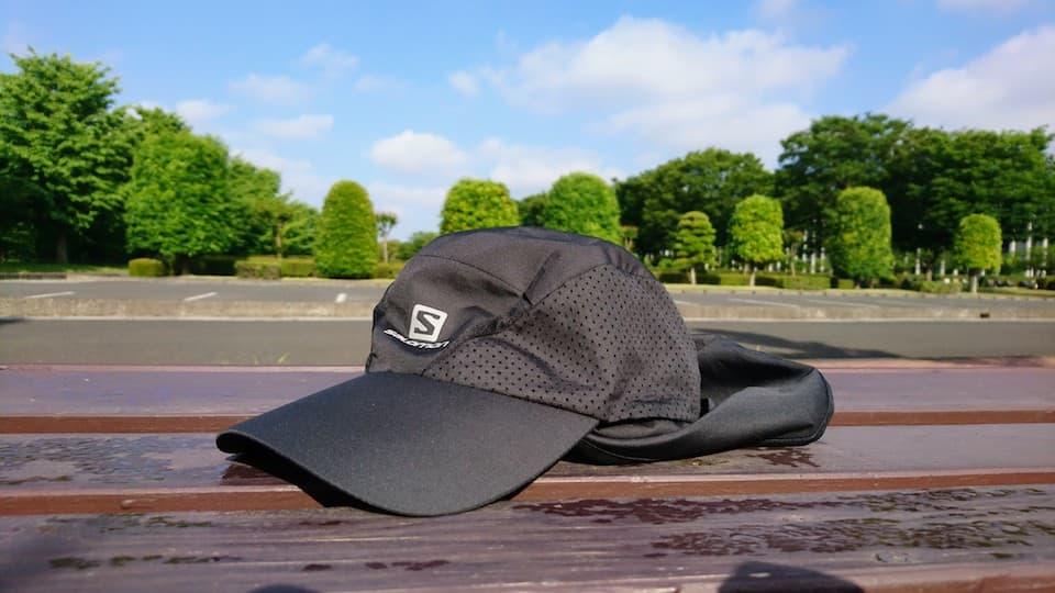 サロモン XA+ CAPの評価&レビュー。ランニング用日除け帽子(ネックシェード付き)