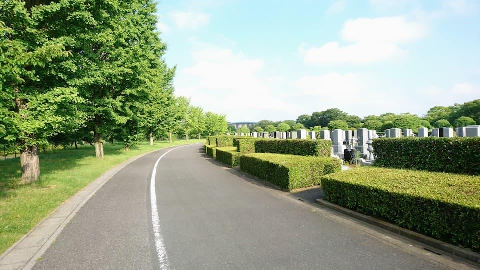 「墓ラン」のすすめ。公園よりも公営霊園がランニングに向いている理由