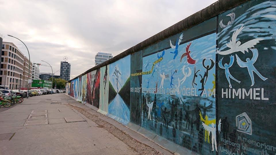 歴史とアートの融合!「ベルリンの壁」観光はイーストサイドギャラリーがおすすめ