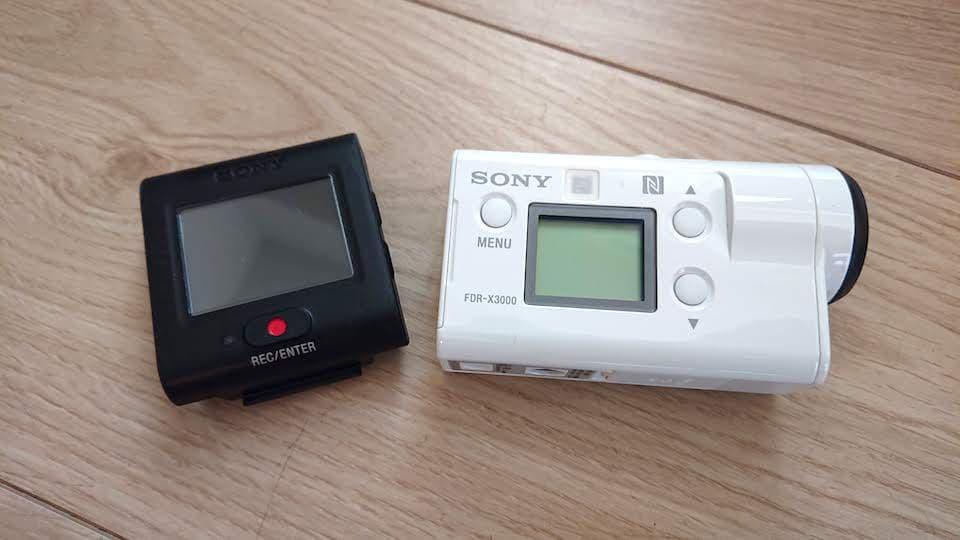 ソニー FDR-X3000R【レビュー&評価】マラソンにも使える小型アクションカメラ